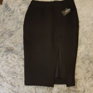 Nwt black skirt